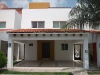 Casa en Fracc. Bonanza/ Tlajomulco de Zuñiga en Tlajomulco de Zu, Jalisco