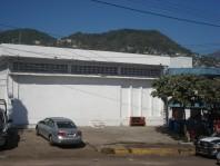 EXCELENTE BODEGA AMPLIA EN AV.EJIDO en Acapulco de Juárez, Guerrero
