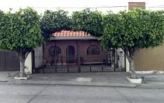 Casa 4 dormitorios y cochera 2 autos, 214 m2 en Guadalajara, Jalisco