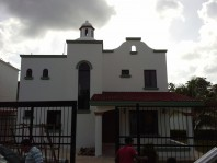 CASA EN VENTA ALAMOS II $2,000,000 M.N. en cancun, Quintana Roo