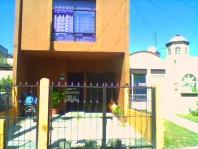 Casa en Parques Santa Maria cerca de periférico su en Tlaquepaque, Jalisco
