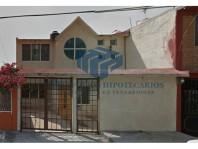 Remate Casa en Lomas Lindas en Ciudad Adolfo López Mateos, México