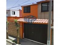 Remate Casa en Viveros del Valle en Tlalnepantla de Baz, México