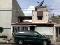 CASA EN VENTA EN EXCELENTE UBICACION EN ATASTA en VILLAHERMOSA, Tabasco
