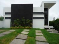 PEDREGAL DE OAXTEPEC CASA MINIMALISTA en Yautepec, Morelos
