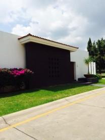 Venta Casa Club de Golf Santa Anita de 3 hab. en Tlajomulco de Zúñiga, Jalisco