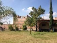 Terraza por Carretera a Chapala y Periferico cerca en Tlaquepaque, Jalisco