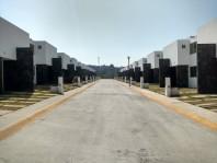 Casa Con 3 Recamaras 2.5 Baños 2 Estacionamiento ( en Villa Nicolás Romero, México