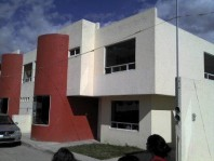 BELLA CASA AMPLIA LA JOYA CUAUTLANCINGO, PUEBLA en Puebla, Puebla