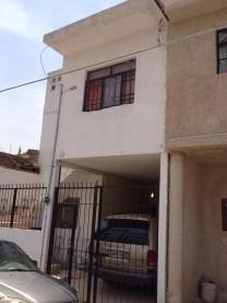 Casa en Venta de 2 niveles con 2 accesos en Tonalá, Jalisco