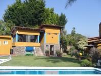 Bonita Casa de Fin de Semana: Quinta Blanca en Tepoztlan, Morelos