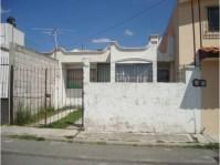 Casa en Lomas del Sol, cerca de Periférico Ecológico. en Puebla, Puebla