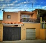 Bonita Casa cerca Zoologico, Sam´s, Home Depot en Guadalajara, Jalisco