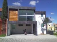 Casa atrás de Plaza San Diego (Bosques de Granada) en San Pedro Cholula, Puebla