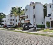 Hermosa casa en residencial Playacar, de 3 rec en Playa del Carmen, Quintana Roo