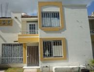 Casa en Girasoles Acueducto/Av. Magnolias 1313 Con en Zapopan, Jalisco