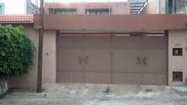 casa en venta de dos niveles zona residencial. en Morelia, Michoacán de Ocampo