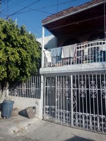 Casa en venta por colonia Gómez Farías en Guadalajara, Jalisco