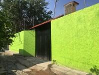 Casa Granja de descanso por Av. Juan Gil Preciado en Zapopan, Jalisco