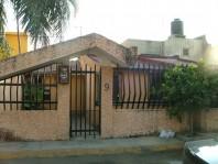 Casa con 2 frentes y local comercial en Cuernavaca, Morelos