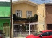 Casa a 3 cuadras de Centro Medico y Circunvalacion en Guadalajara, Jalisco