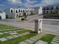 ¡Precio de Promoción! Casa 103 m2 4 Rec Alberca en Xochitepec, Morelos