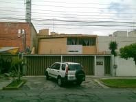 Venta Casa Prados Tepeyac con uso de suelo mixto en Zapopan, Jalisco