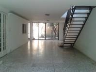 Casa en renta con permiso de uso de suelo mixto. en Ciudad de México, Distrito Federal