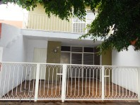 Casa en Santa Margarita Uso Habitacional-Comercial en Zapopan, Jalisco