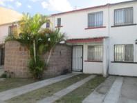Casa en coto por Prolongacion Gonzalez Gallo en Tlaquepaque, Jalisco