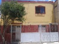 se vende casa de 2 pisos ideal inversionistas en Victoria de Durango, Durango