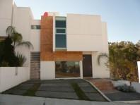 Casa en fraccionamiento privado Nueva!!! en Morelia, Michoacan de Ocampo
