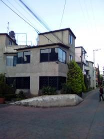 se vende casa en unidad tv11 en santiago tepacatla en Ciudad de México, Distrito Federal