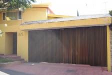 COLINAS DE SAN JAVIER CAS EN VENTA 4 RECÁMARAS en Guadalajara, Jalisco