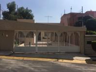 CASA A LA VENTA EN MAYORAZGOS DEL BOSQUE ATIZAPAN en Ciudad Adolfo López Mateos, México
