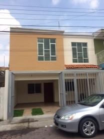 Excelente casa recién remodelada en Santa Paula en Zapopan, Jalisco