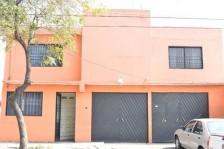 Hermosa Casa de 3 recamaras, jardìn, jacuzzi... en Ciudad de México, Distrito Federal