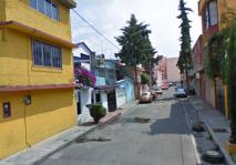 Casa en Col. Las Trancas, 110 m2, $$$$ en Azcapotzalco, Distrito Federal