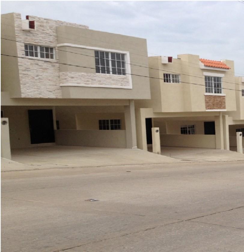 Casa En Venta En Universidad Poniente Tampico 15761 Habitala