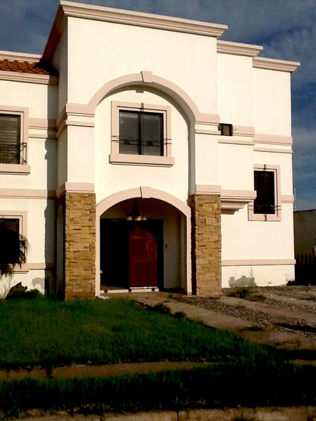 Puerta De Alcala Baños:Casa en renta en Residencial Puerta de Alcalá, Mexicali