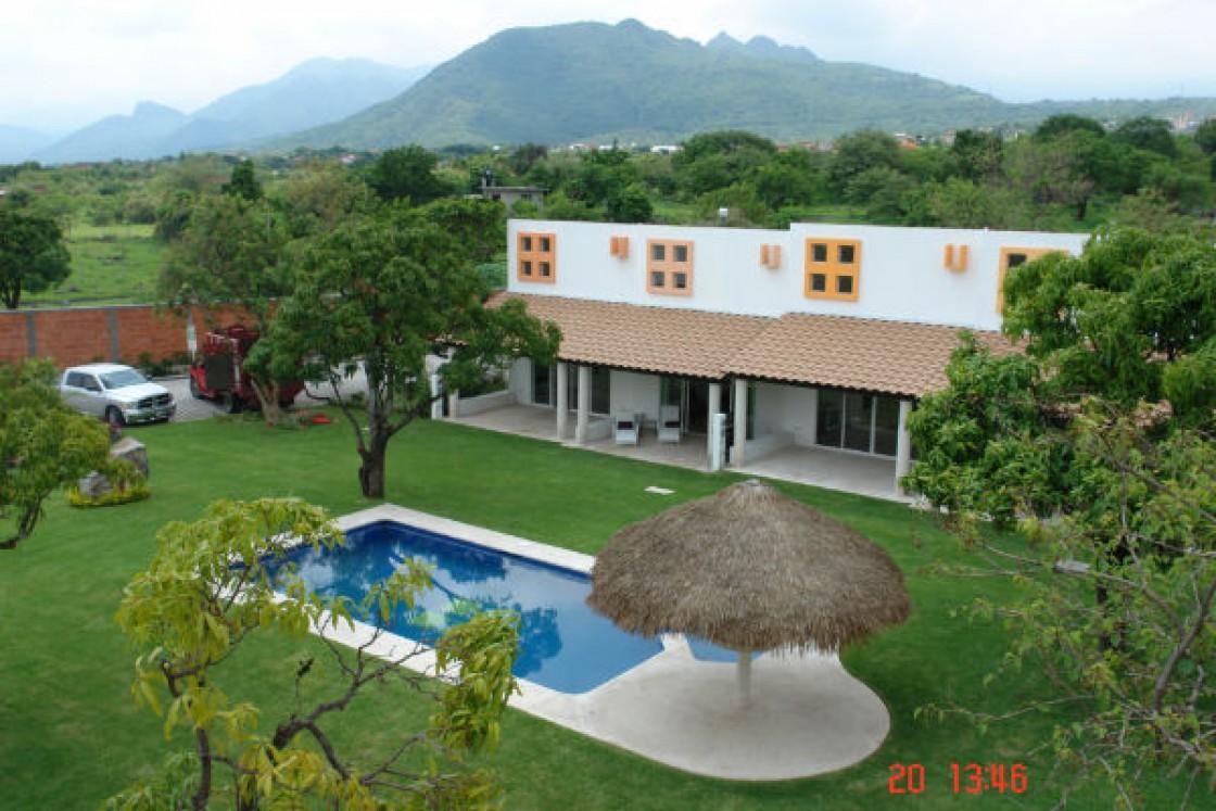Casa en venta en oaxtepec centro yautepec 564 hab tala for Casas para jardin baratas