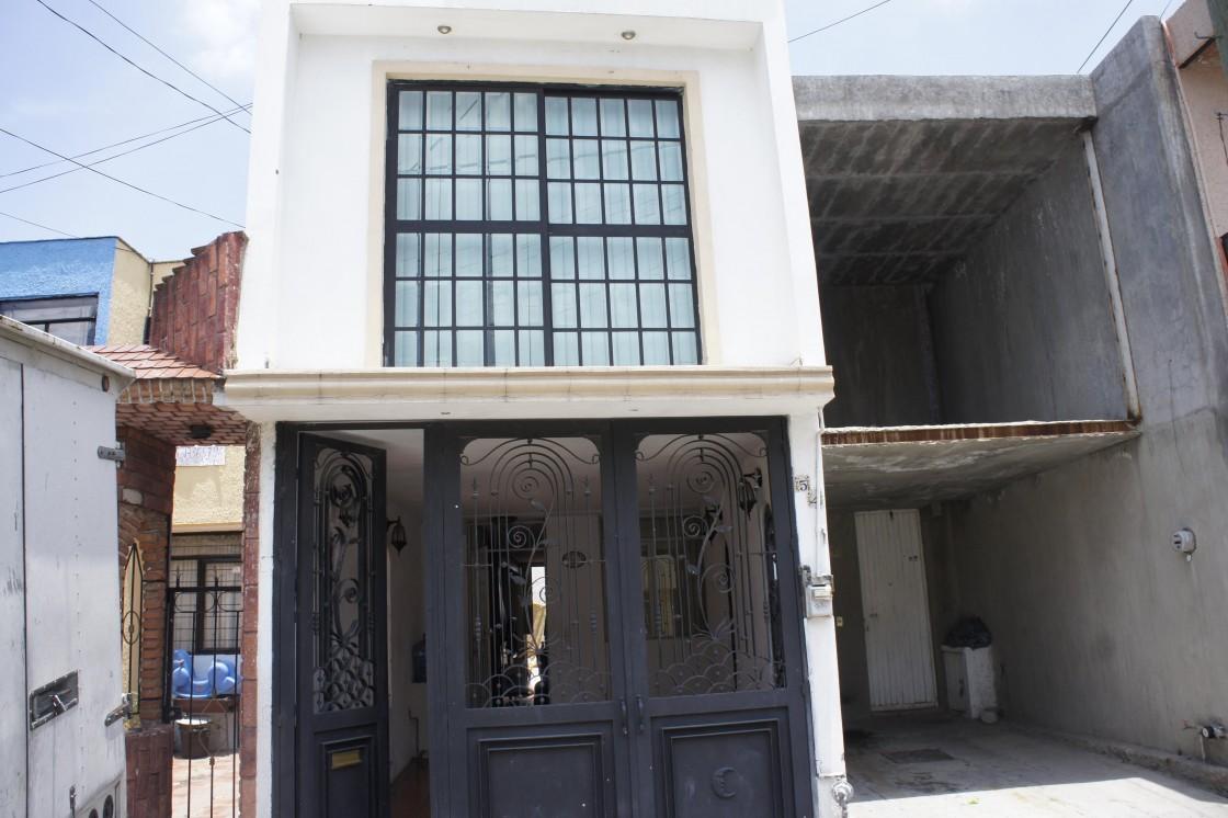 Casa En Venta En Paseos Del Valle Tonala 6917 Habítala