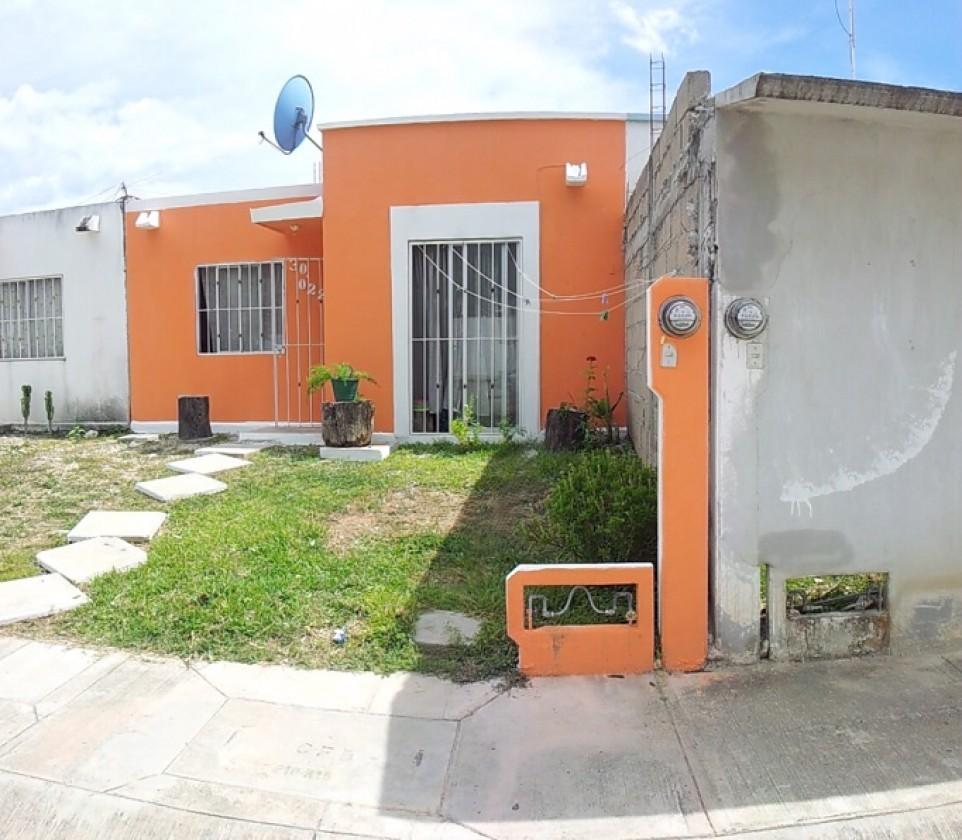 Casa en venta en tuxtla guti rrez 7037 hab tala for Casas jardin del mar