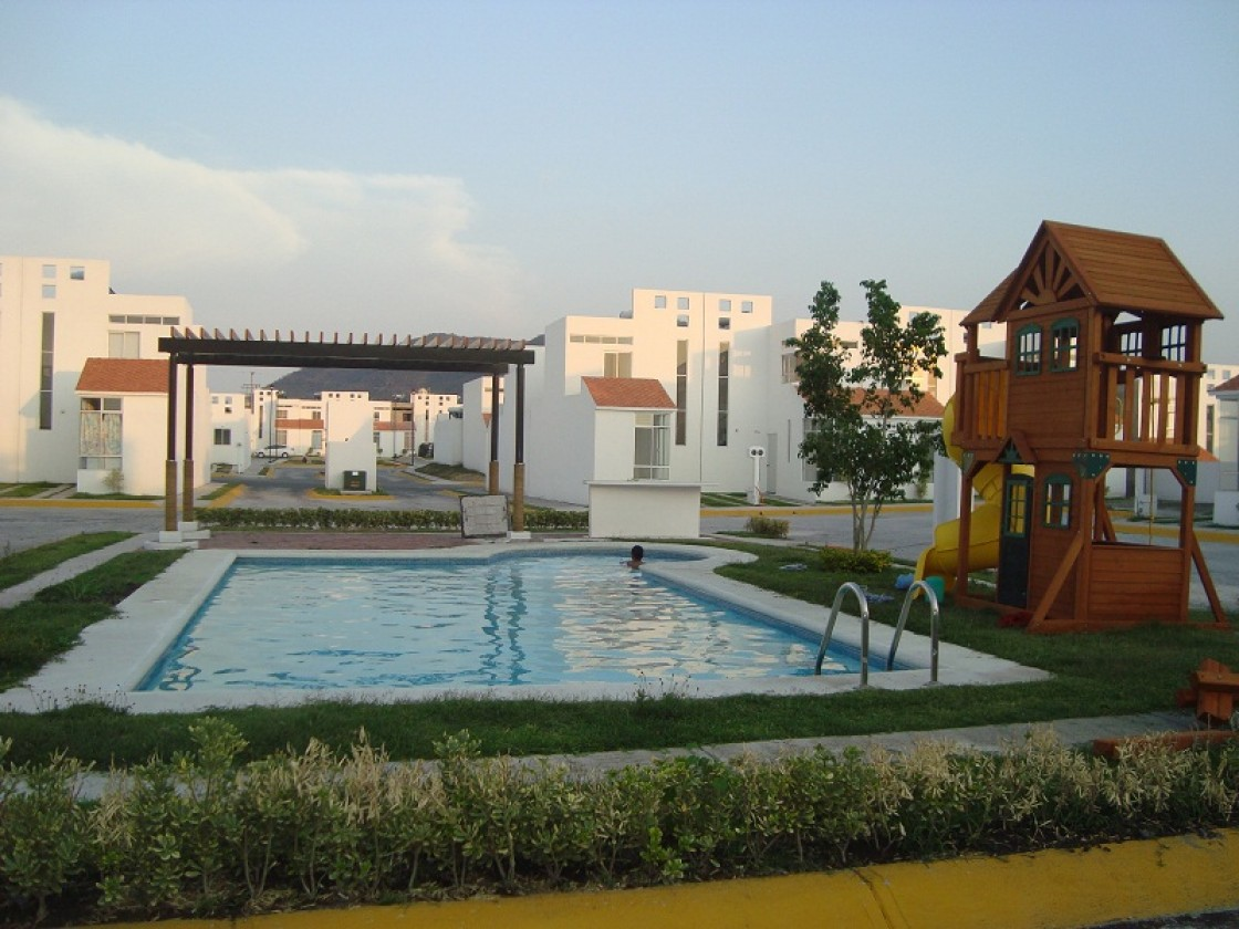 Casa en venta en tlayecac cuautla 399 hab tala for Imagenes de albercas modernas