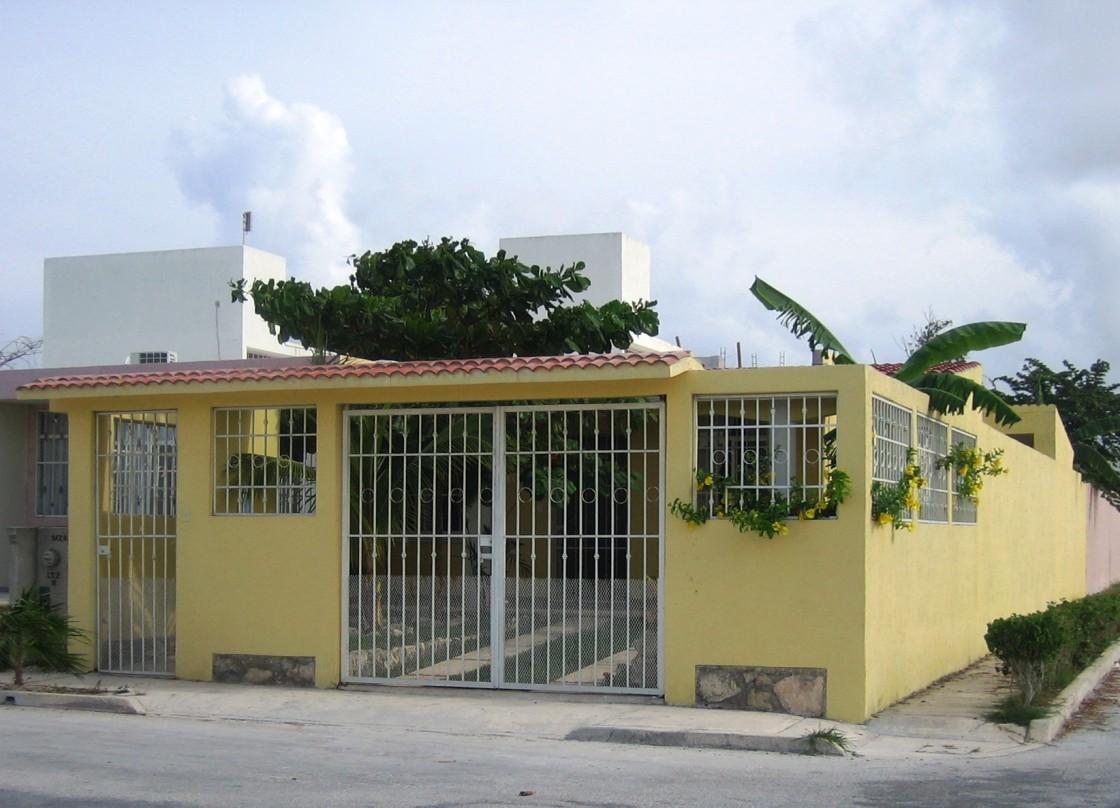 Casa en venta en villas morelos ii puerto morelos 8085 for Villas quintana roo