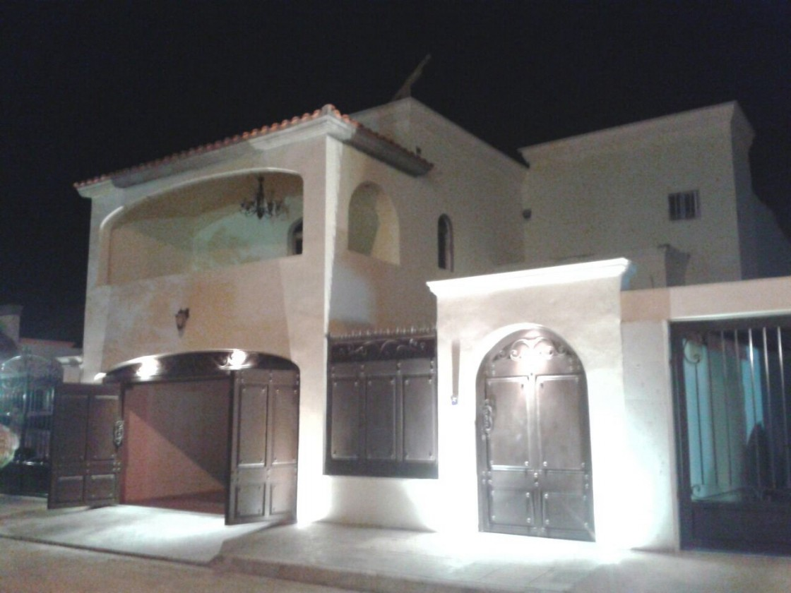 Casa En Venta En Montecarlo Ciudad Obregon 23648 Habitala