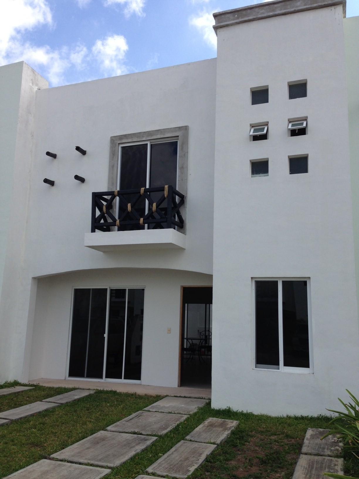 Casa en renta en sm 523 canc n 22044 hab tala for Renta casa minimalista cancun